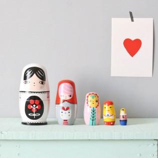 Gigognes poupées colorées en bois Suzy Ultman