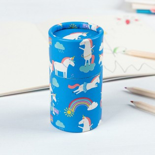 Boîte et crayons couleurs licornes